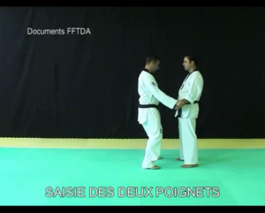 saisie-des-2-poignets