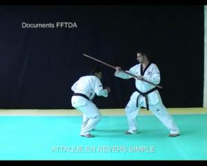 baton-attaque-revers-simple